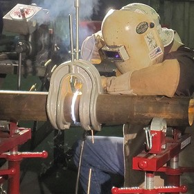How do Pipe Clamps Work?