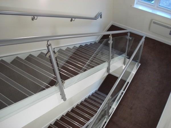 The benefits of aluminium handrails